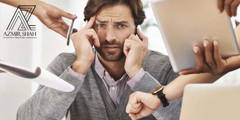 kerja penting dahulu, kerja kurang penting kemudian, busy, sibuk, penat di pejabat